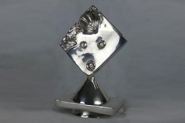 """Silberstatuette """"Madame"""" von Max Ernst"""